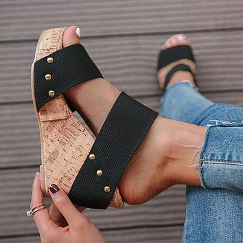 Fashionable, high-end, simple, new high-heeled waterproof platform sandals 43-size plastic heels for women Black.
