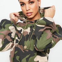 Missguided - Khaki Extreme Oversized Camo Cropped Hoodie