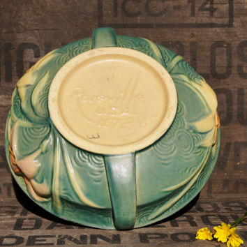 Roseville Pottery Zephyr Lily Green Bowl