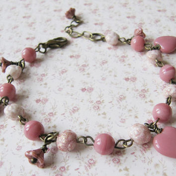 Peach heart bracelet - vintage style bracelet - handmade - for her - peach jewelry - romantic jewelry - Europe