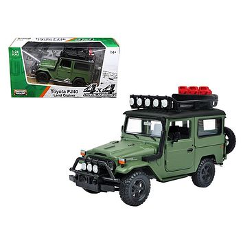 Toyota FJ40 Land Cruiser Matt Series 1:24 Diecast Model Car by Motormax