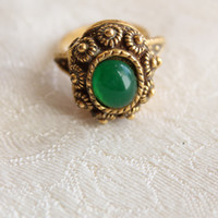 Vintage Florenza style Cocktail Ring -- Green Jade Color Stone --Faux Perfume or Poison Ring -- Gold tone --40s 50s 60s