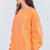Champion & UO Powerblend C-Patch Crew-Neck Sweatshirt | Urban Outfitters