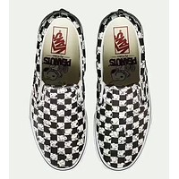 VANS X PEANUTS A black and white grid pedal shoes