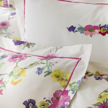 Farandole Bedding by Ann de Solene