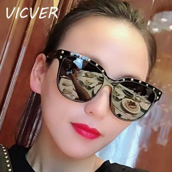 Fashion Sunglasses Women Brand Vintage Rivet Sun glasses for Ladies Retro Colorful Coating Lens Glasses Female 2018 Shades UV400