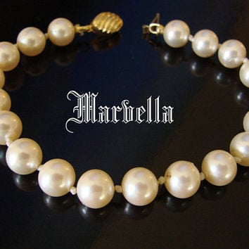 Vintage Marvella Simulated Hand Knotted Pearl Bracelet * Designer Signed * Gold Tone * Wedding *  8MM * Jewelry * Jewellery