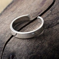 Sterling Silver Toe Ring Polished Flat3mm by Decadence2Jewelry