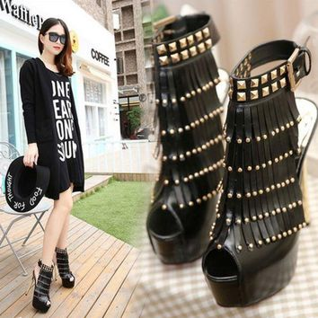 PEAPON Fish mouth rivets tassel fashion heels