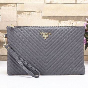 PEAPUF3 Prada Simple plain color wrist bag zipper lady G-MYJSY-BB
