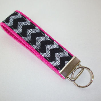 Key FOB / KeyChain / Wristlet  - Black crosshatch chevron on hot pink