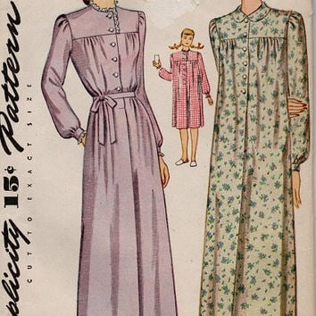 Simplicity Sewing Pattern 1940s Long or Short Nightgown Sleepwear Lingerie Evening Robe Pajamas Pjs Long Sleeve Bust 34
