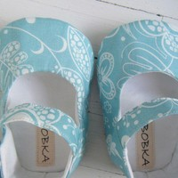 Aqua And White Cotton Print Mary Jane Shoe For Your by BobkaBaby