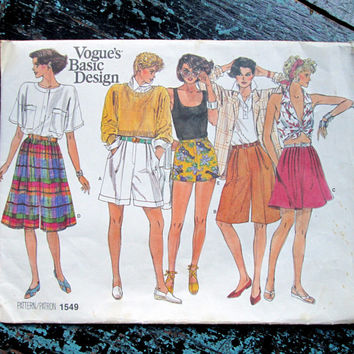 Shorts Skort Culottes Gaucho Pants Short Shorts pleated fly front pockets long shorts sewing pattern vintage 80s Vogue 1549 women medium 12