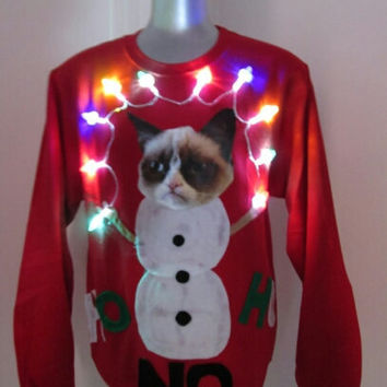Ugly Christmas sweater Grumpy Cat Contest Winner Lights up Size Large  Fast Shipping