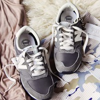 Vintage New Balance 420 Sneakers