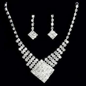2015 hot sell Bridal White Gold Plated Crystal Square Pendant Necklace Earrings Cocktail jewelry set 568R