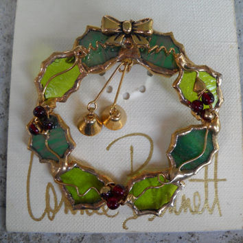 CONNIE BENNETT 1980s-90s Christmas Wreath Brooch, NWT