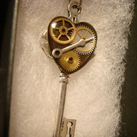 Steampunk Style Clockwork Heart  Key Pendant Necklace in Antique Silver (2247)