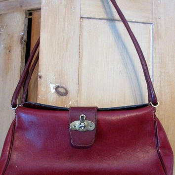 Vintage Leather Purse Shoulder Bag Etienne Aigner Oxblood Burgundy Classic Brass A 80s