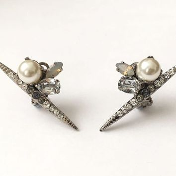 Swarovski earrings, Pearl and Crystal clip on earrings, Swarovski jewelry