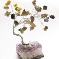 Gem Tree - Green Serpentine Stone Leaves on Amethyst Base