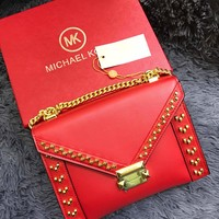 MK MICHAEL KROS WOMEN'S LEATHER WHITNEY INCLINED CHAIN SHOULDER BAG