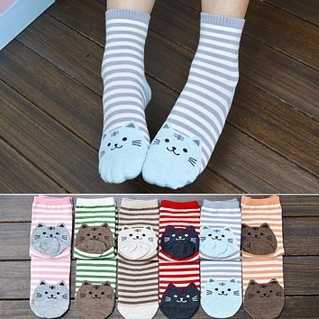 1 Pair Newly Design Cute Cartoon Cat Socks Striped Pattern Women Cotton Socks Female Winter Autumn Warm Footprints Socks Floor