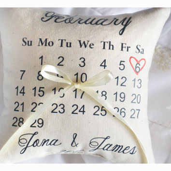Calendar ring bearer pillow, Personalized wedding pillow, calendar Wedding ring pillow ,personalized ring pillow, save the date pillow (R6)