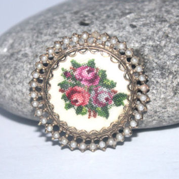 Rose Brooch, Pink Rose, Embroidered Brooch, Circle Brooch, Antique Alchemy, Rose Jewelry
