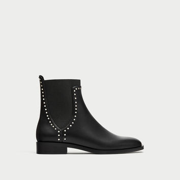 FLAT ANKLE BOOTS WITH STUDS Black - 6½