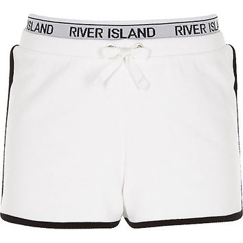 Girls white RI waistband runner shorts