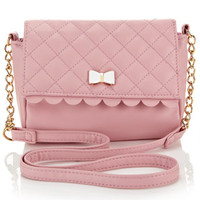 Quilted Scallop Bag | Pink | Accessorize