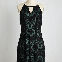 Mid-length Sleeveless A-line Straight Up Cultivated Dress