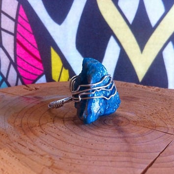 Silver Wire Wrapped Blue Apatite Crystal Ring - Rough Mineral Jewelry - Cocktail Ring - Healing Jewelry - Gypsy Ring - Boho Accessories 162