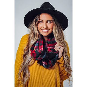 Better In The Snow Infinity Scarf: Black/Multi