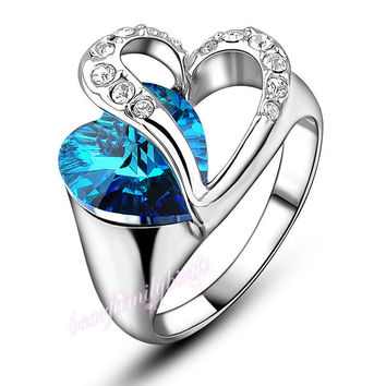 Dare to Shine. Blue Heart  Swarovski Crystal Ring 18K Withe Gold Plated