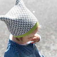 Knitted beanie for kids 1-2 years from extra fine organic merino wool and alpaca, unisex