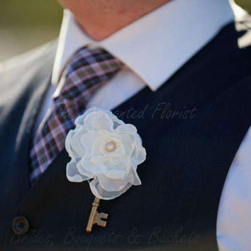Fabric Flower Boutonniere - Fabric Rose White and Black, Groom, skeletin Key, Wedding Bout, Bridal, Wedding, Bride