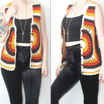 Vintage Handmade 70s Hippie // Multicolored Crochet Vest // Striped Patterned // White Yellow Rust Brown // XS Extra Small / Small / Medium