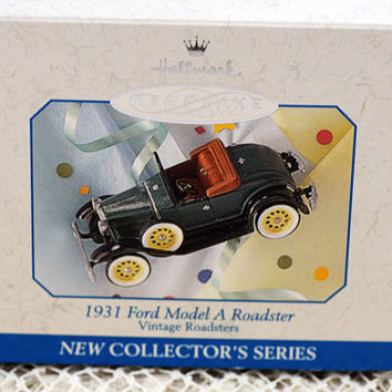Hallmark Christmas Ornament First in Roadster Series (AB)