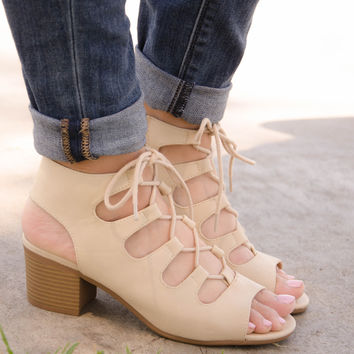 Open Toe Lace Up Chunky Heel In Beige – Chica's Shoetique