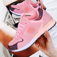 LV Louis Vuitton Fashionable Women Men Leisure Sport Shoes Sneakers Pink
