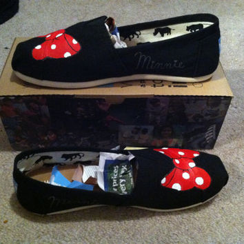 Black Minnie Mouse Bow TOMS