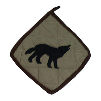 Pot Holder Wolf Trail