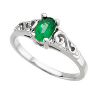 Youth Precious Gift™ Birthstone Ring - May Emerald