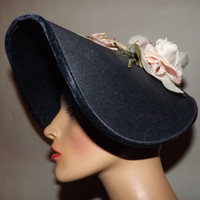 Fabulous Late 1940s Early 1950s Hat. Clamshell Halo Bonnet Topper. Blue. Silk Flowers. Medium to large