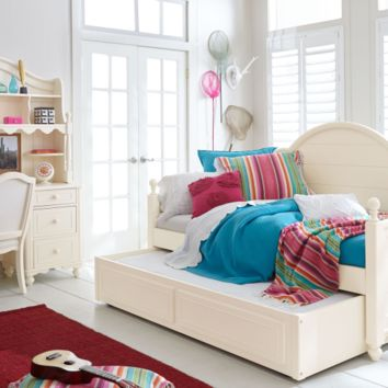 6481 Summerset Ivory - Daybed