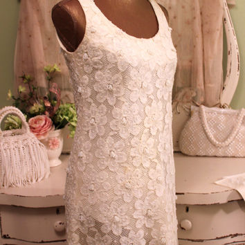 1960's Beaded Dress   White Lace Sheath   Boho Chic Dress    Retro Clothes    Lace Beaded Midi   Romantic Style Clothing    Women's  Small