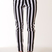 BLACK-WHITE STRIPED SKINNY PANTS @ KiwiLook fashion
